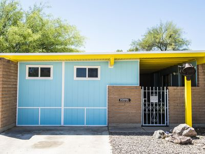 Photo for Kitschy, Quirky, West Side Casita!