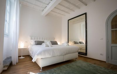 Photo for Melograno apartment in Santa Croce with WiFi & integrated air conditioning.