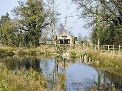 Photo for 1 bedroom property in Holt. Pet friendly.