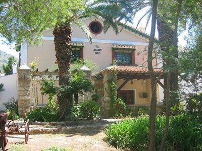 Photo for Old Andalusian farmhouse for 8 persons, with swimming pool