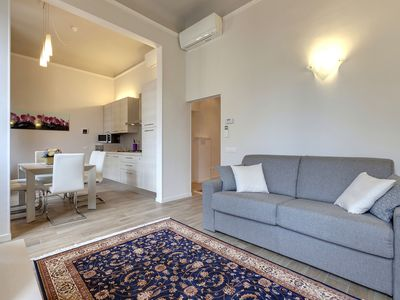 Photo for Suite Lilium apartment in Santa Maria Novella with WiFi & air conditioning.