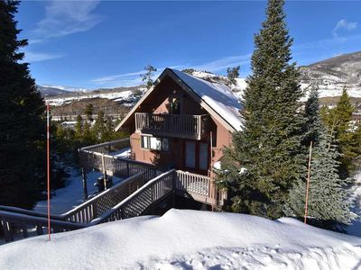 Photo for Summit Ski Chalet-Private Hot Tub, Large Deck, Mountain Views, Easy Access to Resorts, Restaurants