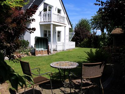 Photo for Apartment with balcony, sauna, garden on the island of Poel