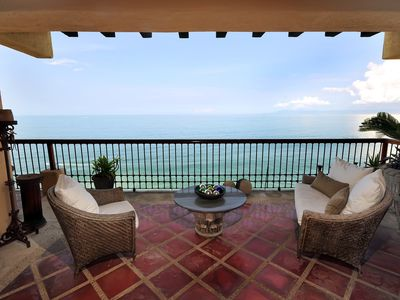 Photo for Beach front luxurious condo with amazing views of Los Arcos