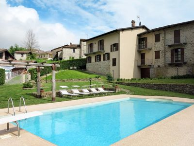 Photo for One bedroom Apartment, sleeps 5 with Pool, FREE WiFi and Walk to Shops