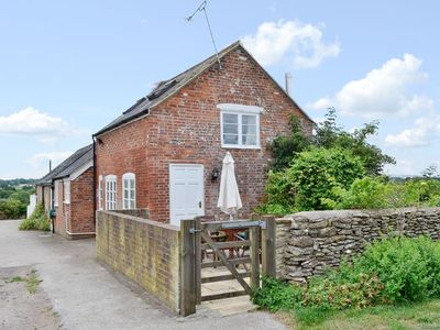 Photo for 2 bedroom property in Sherborne. Pet friendly.