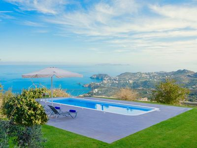 Photo for Stunning private villa for 9 guests with WIFI, private pool, A/C, TV, balcony and parking