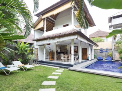 Photo for New listing promotion! 2bedrm Villa in prime location,central Seminyak