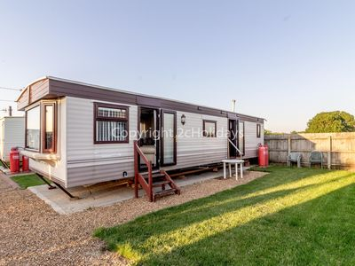 Photo for Dog friendly 6 berth static caravan by the beach in Hunstanton ref 13008L