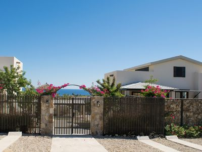 Photo for Beautiful Villa with Amazing Ocean Views