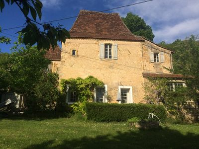 Photo for Stylish accommodation in a 16th century house, in Tremolat in the Dordogne