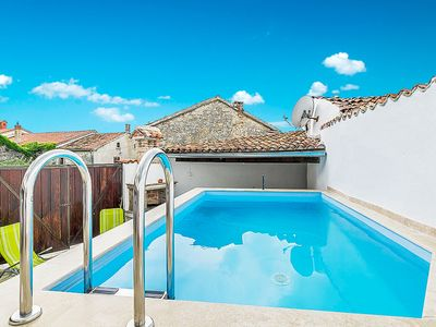 Photo for This 4-bedroom villa for up to 8 guests is located in LaniSce and has a private swimming pool, air-c