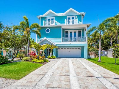 Photo for SPECTACULAR LARGE FAMILY HOME THAT IS ONE BLOCK TO BEACH & PINE AVE WITH PRIVATE HEATED POOL! BOOK YOUR 2020 STAY TODAY!