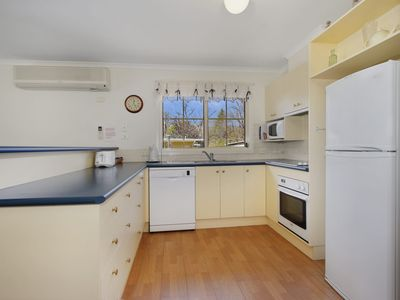 Photo for 3BR House Vacation Rental in Bright, VIC