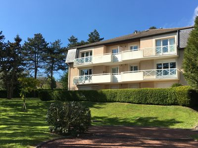 Photo for In nearby beautiful Abbey Park and Gare Three rooms comfortable