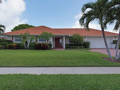 Photo for Marco Island Elegant 3 Bedroom Beach Home, Heated Pool, Short Walk to Beach