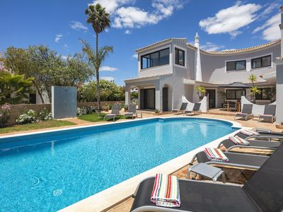 Photo for Villa Diamond, luxurious 5 bed villa (10 guests) with heated pool at Clube Atlantico