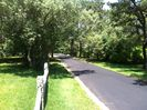 Fisher's Landing: One way streets, 2 tennis courts, and quick walk to the beach