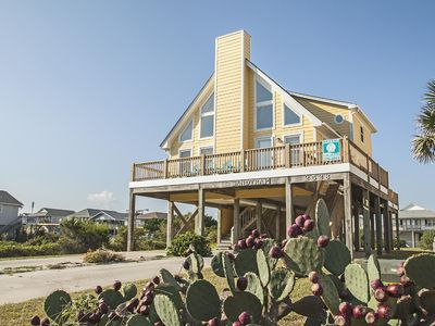 Photo for Sand Trap: 4 BR / 2 BA home in Oak Island, Sleeps 12