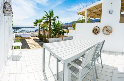 Photo for Beautiful apartment with fantastic sea views