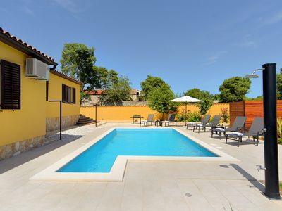 Photo for Holiday house Galizana for 6 persons with 3 bedrooms - Detached holiday house