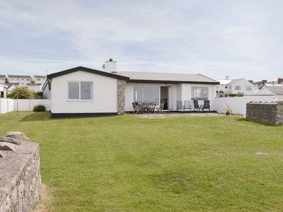 Photo for 4 bedroom accommodation in Rhosneigr, Anglesey