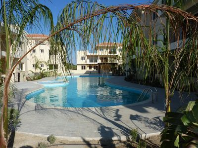 Photo for Stylish fully furnished 2 bed apartment with AC and amazing pool