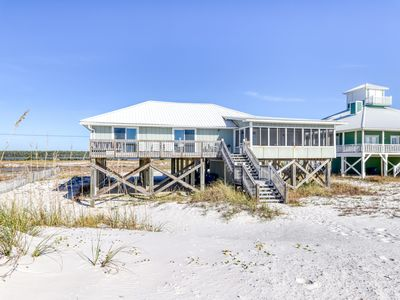Photo for Waterfront vacation rental w/ a full kitchen, private beach access, & sun deck!