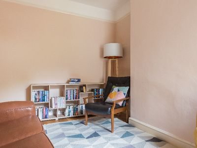Photo for The Cambridge Townhouse - Modern 4BDR Family Home
