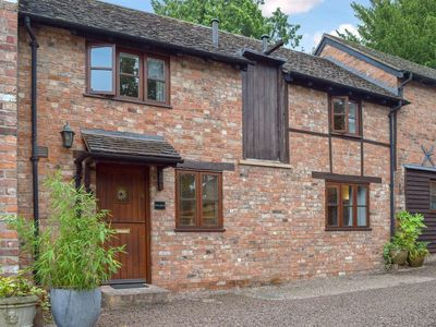 Photo for 2 bedroom accommodation in Ledbury