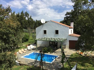Photo for Modernised cottage with Annex and swimming pool in beautiful peaceful setting