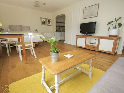 Photo for Albemarle Studio: sleeps 3, sea view, WiFi, central