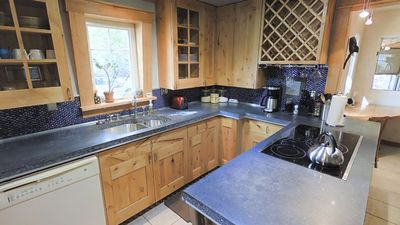 Custom kitchen, great for cooking