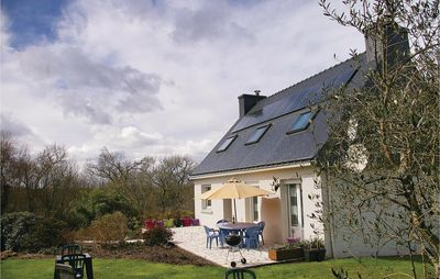 Photo for 4 bedroom accommodation in Plouay