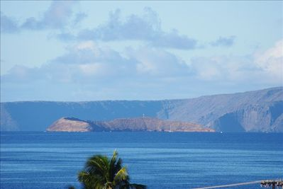 View of Molokini from the lanai (zoomed in)