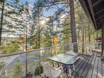 Photo for Dog-friendly condo w/ lake view, shared hot tub/pool, nearby beach access