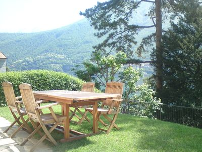 Photo for Luxury lakeside apartment with beautiful views & private garden!