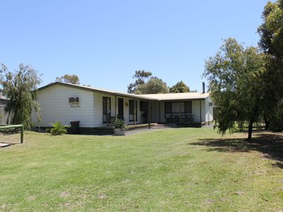 Photo for DIVERS LODGE - 9 Lapwing Avenue Robe, SA