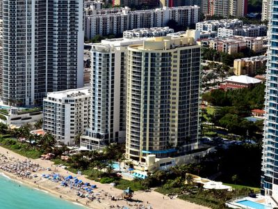 Photo for Apartment Beachfront  in Miami/Sunny Isles, Florida South - East - 2 persons, 1 bedroom