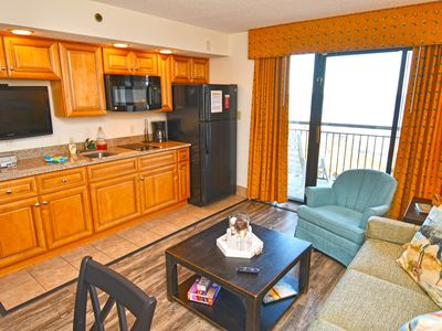Photo for Low Floor! Relaxing Oceanfront Suite! TikiHut, Heated Pools, Newly Remodeled!
