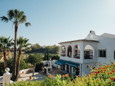 Photo for 7 BEDS 4 BATHROOMS HEATED POOL SEA VIEWS 30 MINS FROM PEURTO BANUS & GOLF COURSE