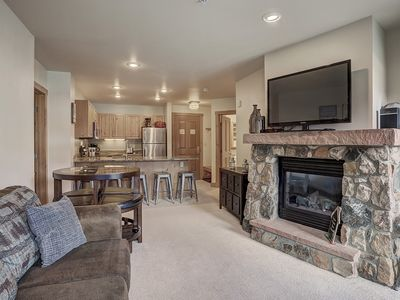 Photo for Awesome 2 Bedroom with an Updated Kitchen at Expedition Station! Walk to the Lift with a Pool and Ho