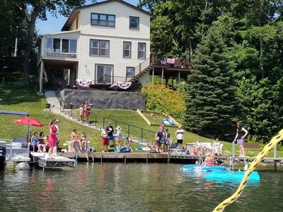 SWIM FISH BOAT BBQ - 5 bedrooms, 165' of lake frontage - Perfect Vacation