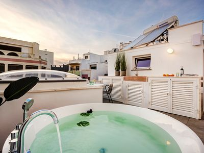 Photo for Casa Hortinha | Urban townhouse | Plungepool | New!