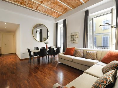 Photo for Rubino Duomo apartment in Centro Storico with WiFi, integrated air conditioning, balcony & lift.
