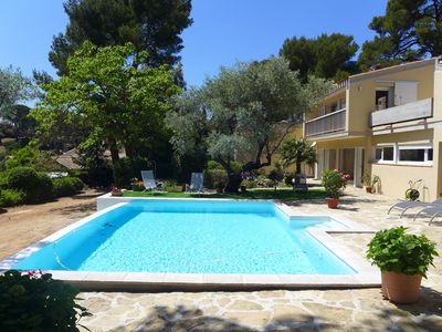 Photo for Holiday Villa, Sanary-sur-Mer, 500m to the beach, private pool