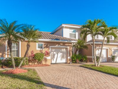 Photo for Immaculate 1st floor coach home in beautiful Reflection Lakes!