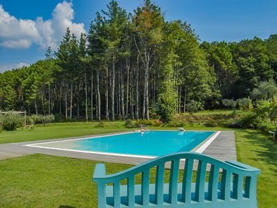 Photo for Palazzaccio - Apartment in villa with pool. Close to LUCCA. Walk to village WIFI