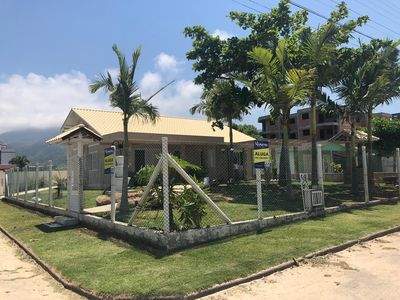 Photo for Excellent house with 04 bedrooms only 70 meters from the beach of Palmas!