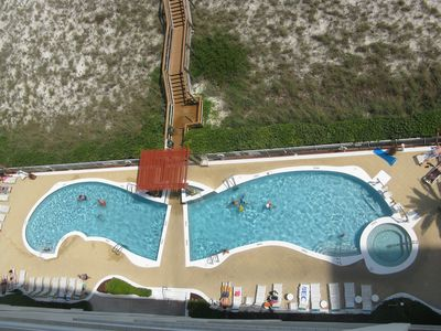 Photo for Spacious family friendly gulf and sound views from balconies